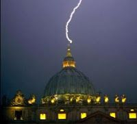 lightning bolt hits Vatican